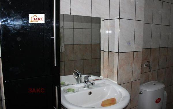 тристаен апартамент кърджали hw32krcg