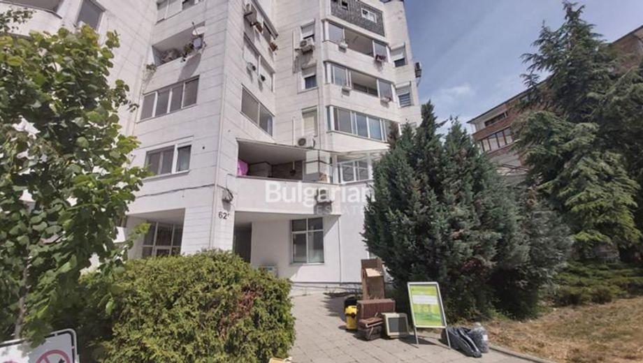 тристаен апартамент несебър 7h98d1cv