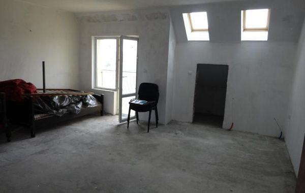 тристаен апартамент пазарджик 3pkj2jfy