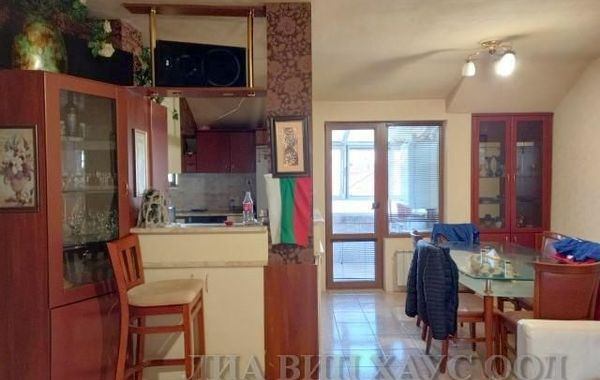 тристаен апартамент пазарджик 3x12ud2q