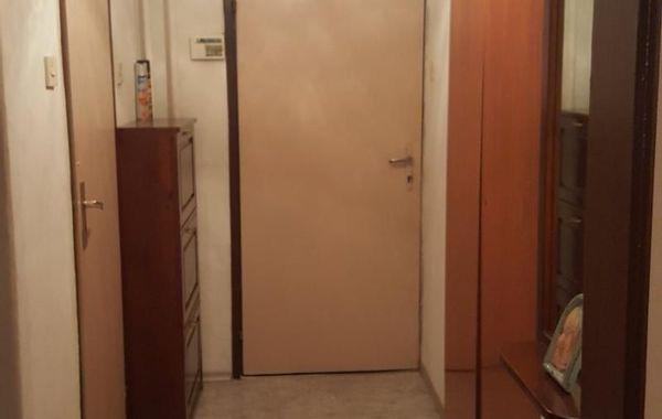 тристаен апартамент пазарджик 4488mknk