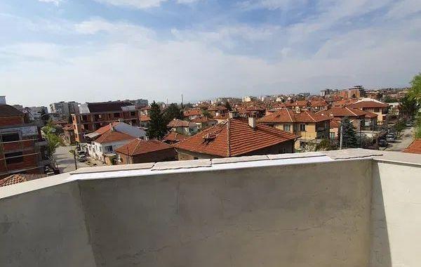 тристаен апартамент пазарджик a6wq76r2