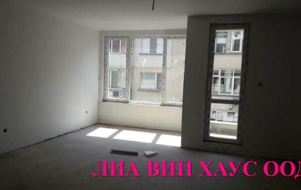 тристаен апартамент пазарджик cr8kakj5