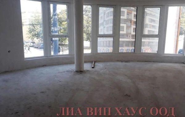 тристаен апартамент пазарджик v8kyjy5j