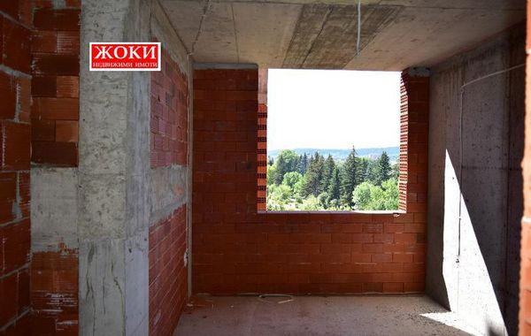 тристаен апартамент перник h8klkrxl