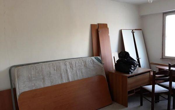 тристаен апартамент перник v6b44kr6