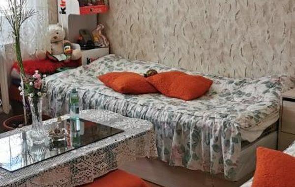 тристаен апартамент плевен 5vxrdnbd