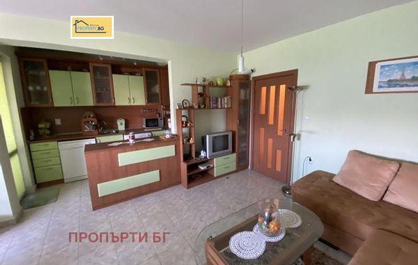 тристаен апартамент плевен ae8kb6vt