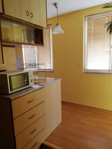 тристаен апартамент плевен aj497k97