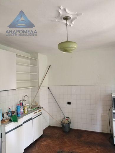 тристаен апартамент плевен asjdnw3m