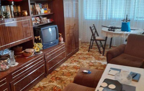 тристаен апартамент плевен qx5ngrf7