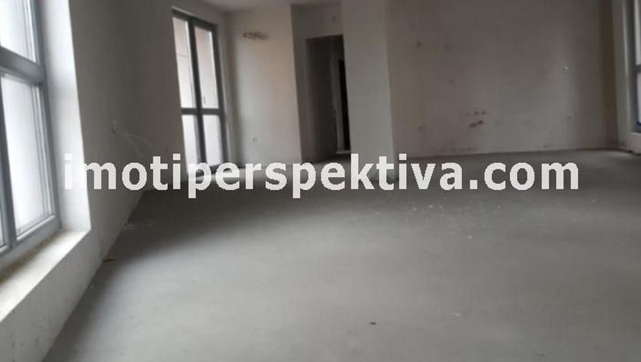 тристаен апартамент пловдив 1kv1b6a4