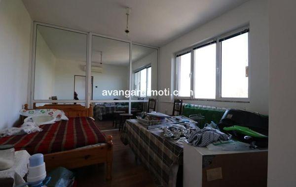 тристаен апартамент пловдив 3f76lug6