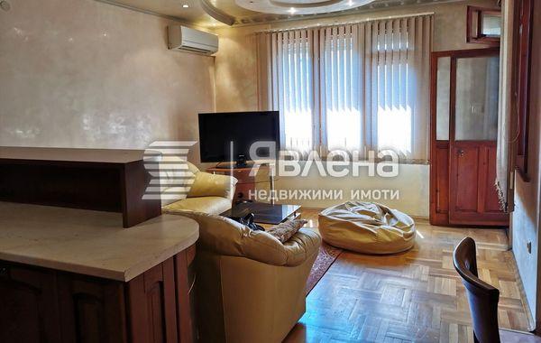 тристаен апартамент пловдив f48y31s8