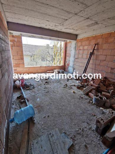 тристаен апартамент пловдив h183atmh
