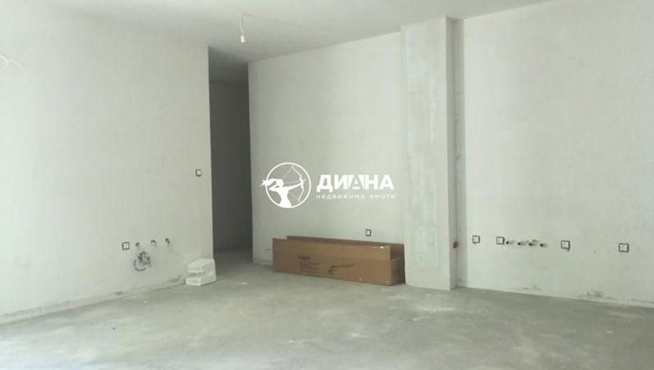 тристаен апартамент пловдив jnk7pu81