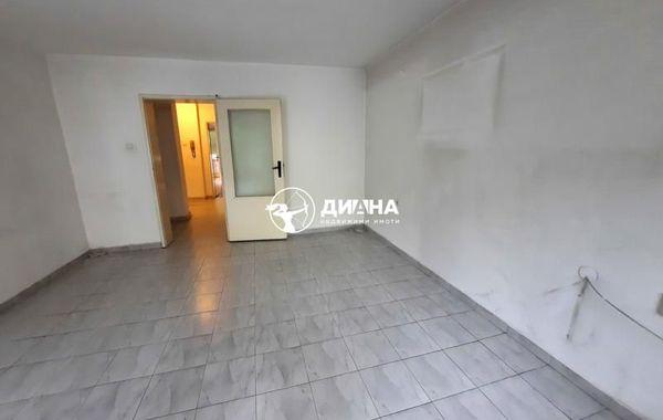 тристаен апартамент пловдив nn95x8lj