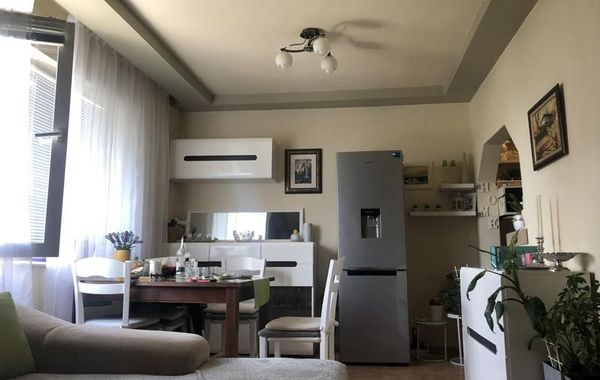 тристаен апартамент пловдив pkrhqd87