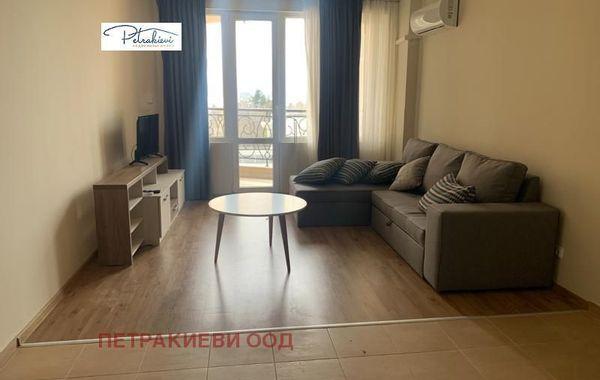 тристаен апартамент поморие bb4qm5j9