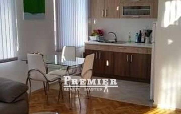 тристаен апартамент поморие h9lpet6k