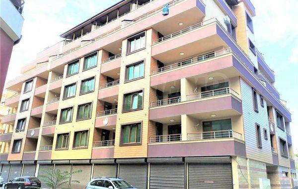тристаен апартамент поморие yjvlv4sv