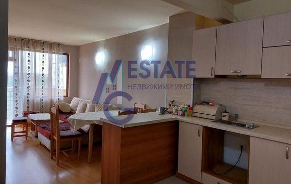 тристаен апартамент приморско ql2k8xrr