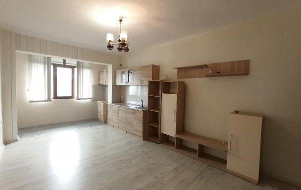 тристаен апартамент раднево mjfhylj7