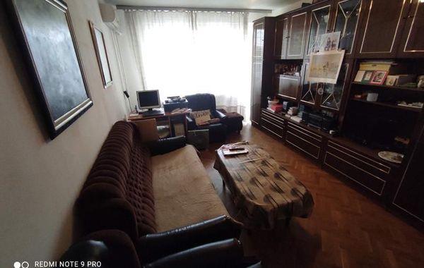 тристаен апартамент русе 556twvqr