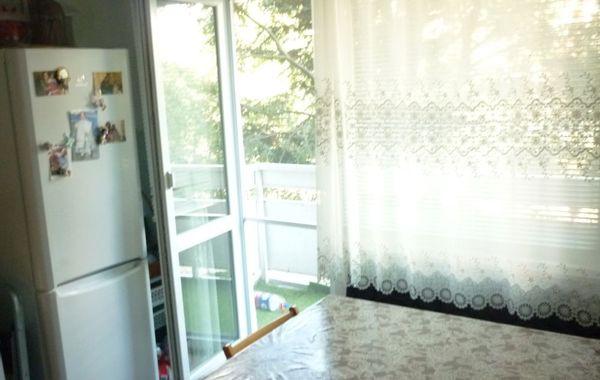 тристаен апартамент русе d87rar3h