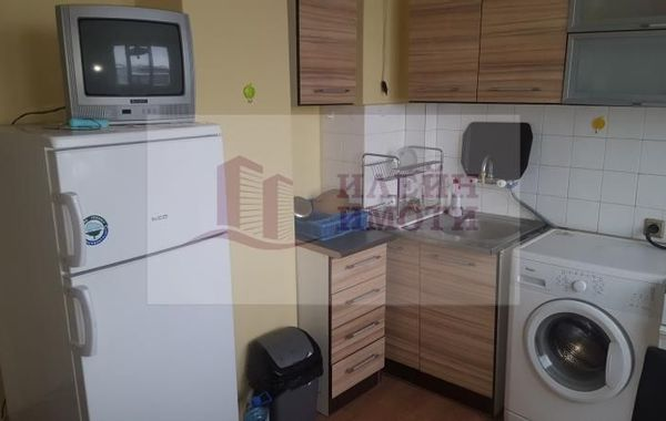 тристаен апартамент русе r7es9pvq