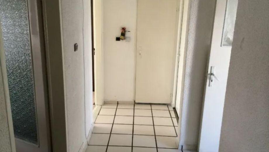 тристаен апартамент русе xu9rkuwq