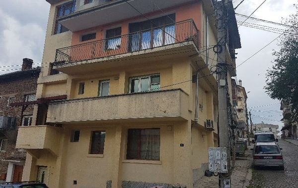 тристаен апартамент сандански 2glle7q1