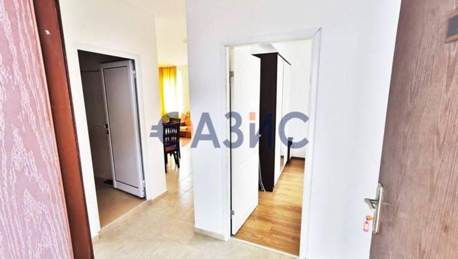 тристаен апартамент свети влас 4kc8bh7d