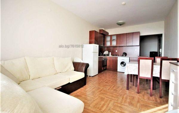 тристаен апартамент свети влас ut1y5bax