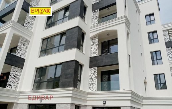 тристаен апартамент св св константин и елена 8a6c37fh