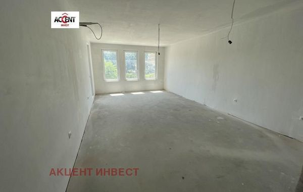 тристаен апартамент св св константин и елена 9asq9vm4