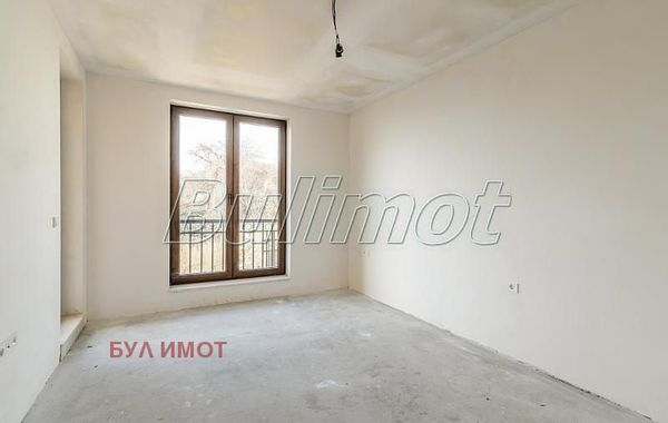 тристаен апартамент св св константин и елена g7x6myh2