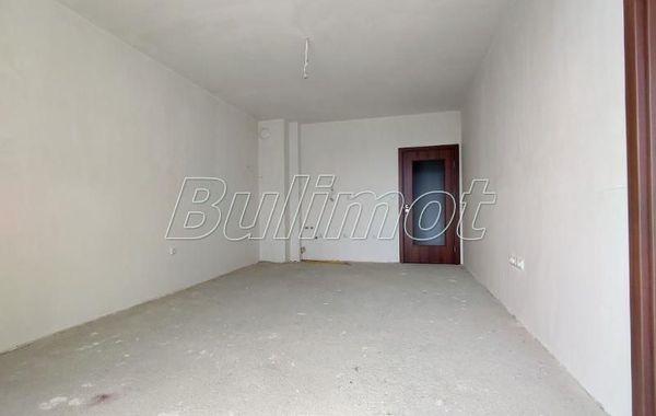 тристаен апартамент св св константин и елена x79unqwp