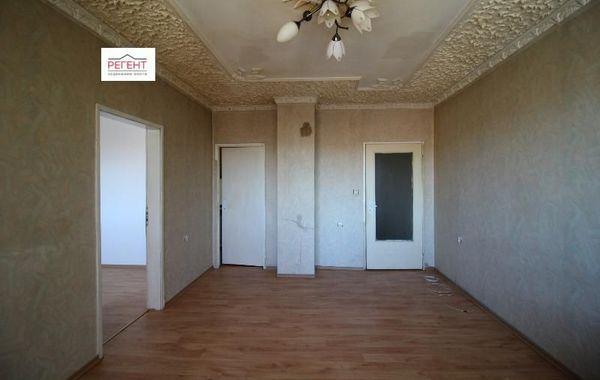 тристаен апартамент севлиево 3jhp6fjv