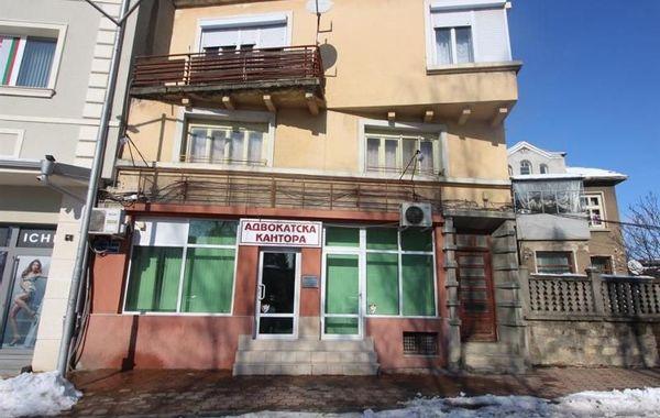 тристаен апартамент севлиево bhs84yff