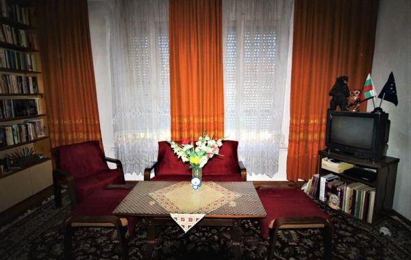 тристаен апартамент севлиево j8wgrp5p