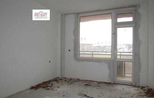 тристаен апартамент севлиево v3nxtswb