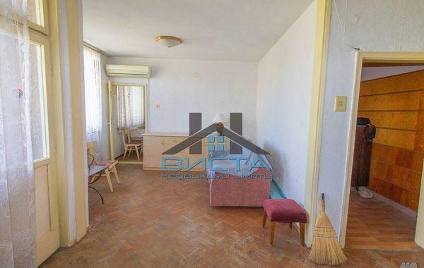 тристаен апартамент сливен 9h5ltb8x
