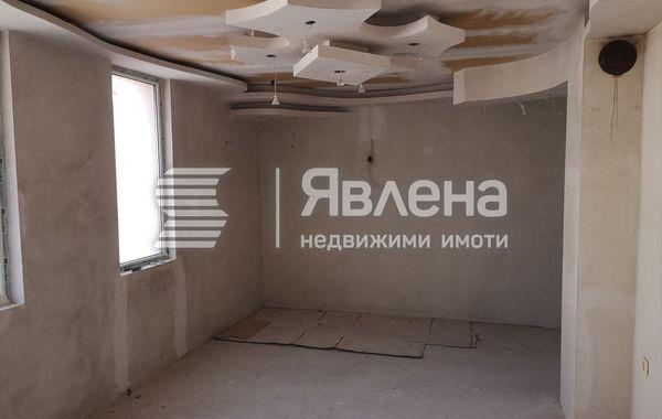 тристаен апартамент сливен pelmrges