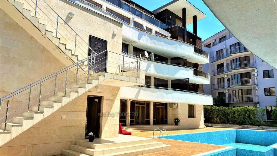 тристаен апартамент слънчев бряг 3sxngnsa