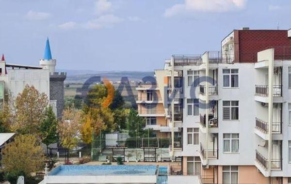 тристаен апартамент слънчев бряг 7hv1gv9t