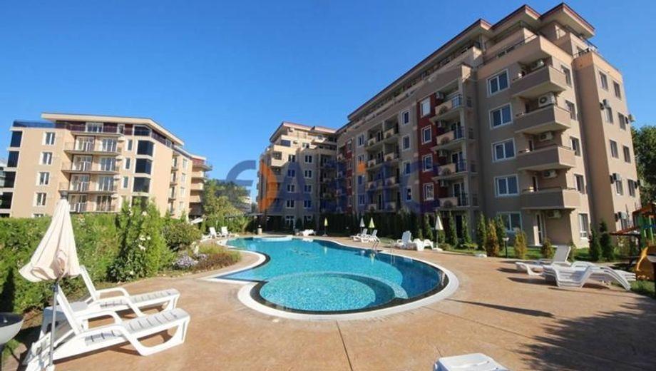 тристаен апартамент слънчев бряг 933vaynu