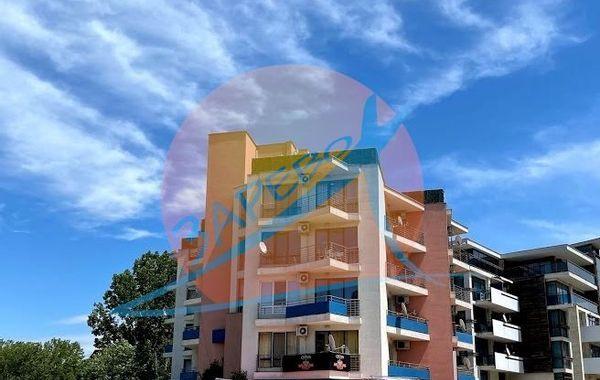 тристаен апартамент слънчев бряг a4qd4t1m