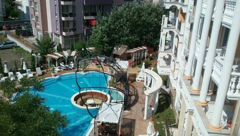 тристаен апартамент слънчев бряг f7lu53t6