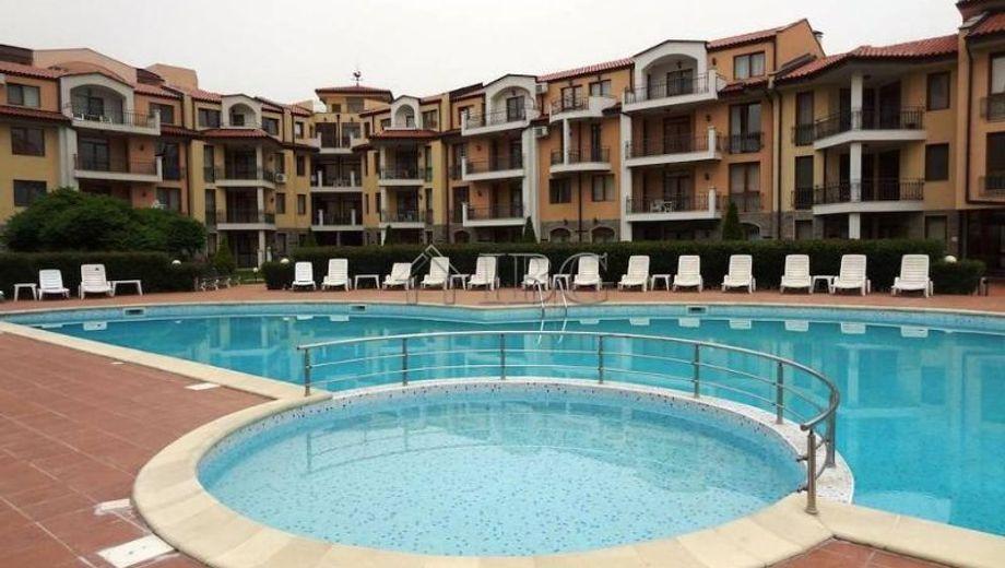 тристаен апартамент слънчев бряг fv715nuq